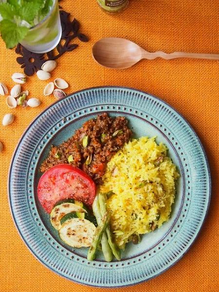 鯖缶とオクラのトマトカレーの作り方