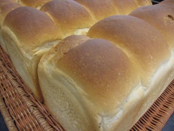 人気店の食べ比べ食パン